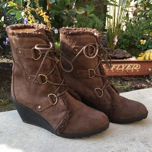 Diba London Suede Wedge Boots lace up Brown 7 1/2